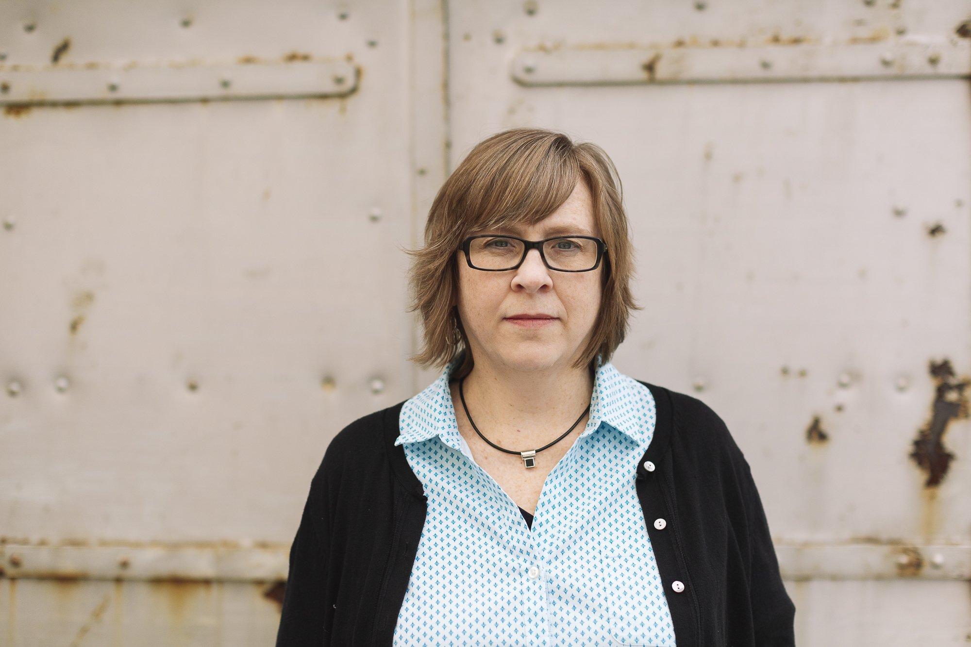 Professional Headshots — Author Charity Singleton Craig — 4